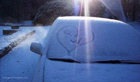 Snow Cupid Heart